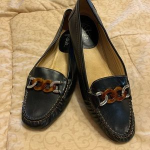 Ladies Life Stride Loafers in black